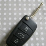 Happy customer with new remote key Welling